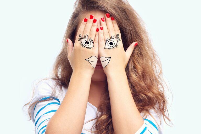 Косметика для жирной кожи лица: обзор 5 средств для проблемной кожи