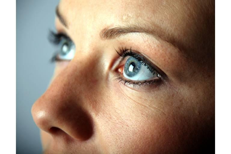 гиалуроновая кислота содержится в глазном яблоке