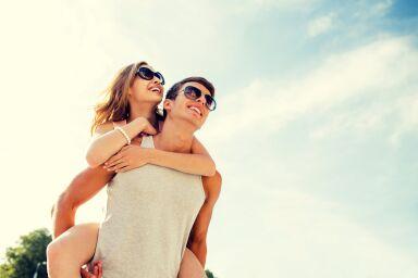 Как правильно ухаживать за кожей лица летом: самое необходимое для нее и для него