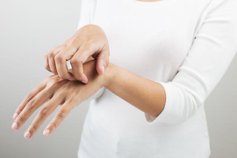 Шелушение кожи тела