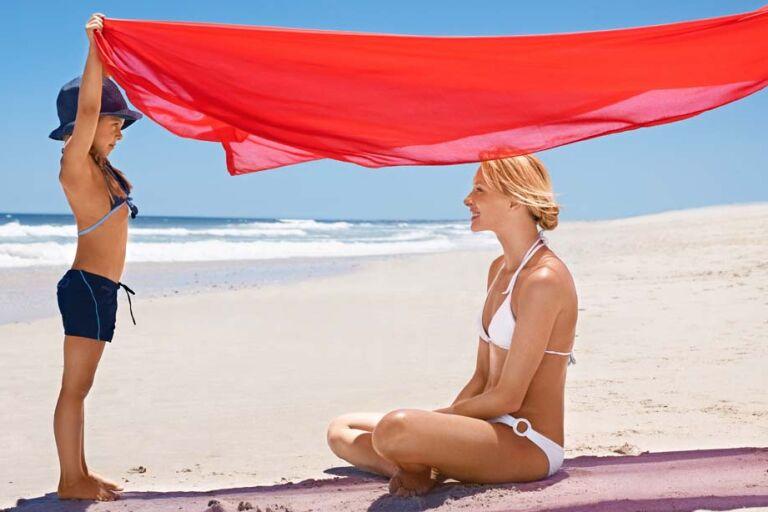 Как правильно наносить солнцезащитное средство