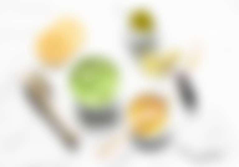 Компоненты для приготовления маски из авокадо