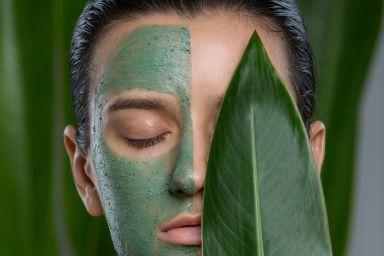 Маска для проблемной кожи лица: домашнего приготовления или готовые средства