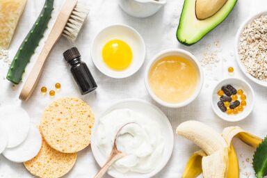Маска для зрелой кожи лица: домашнего приготовления или готовые средства