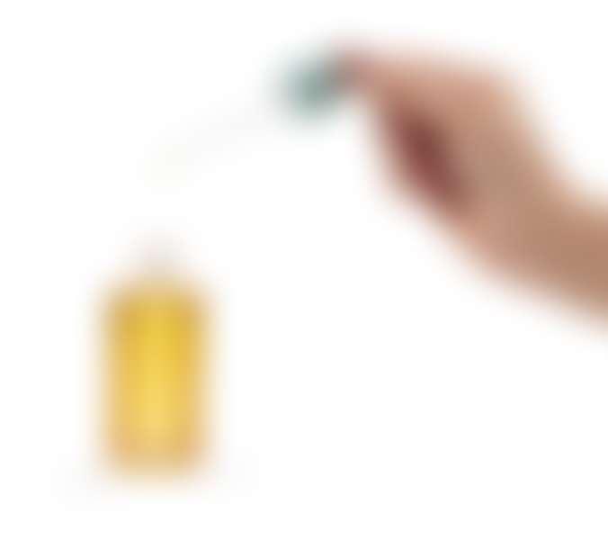 Бутылочка с маслом и пипеткой