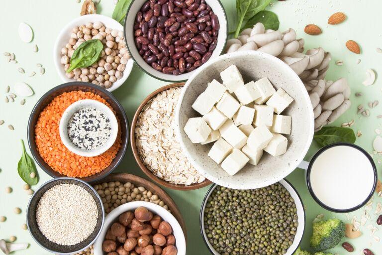 полезные для кожи бобы, тофу, семена, брокколи, йогурт