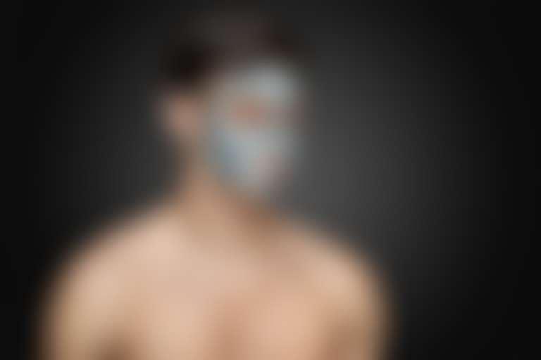 Очищение мужской кожи