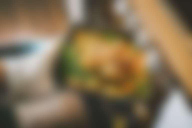 приготовленная в духовке индейка с овощами здоровое питание