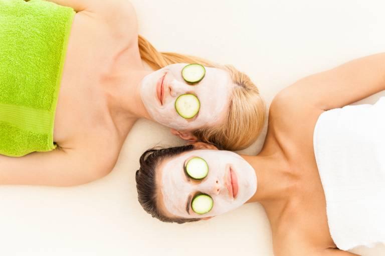 Крем для комбинированной кожи лица: обзор хороших увлажняющих и питательных кремов после 25 и 30 лет