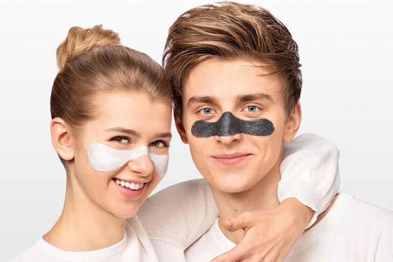 Настя Уколова и Влад Бумага в масках Garnier