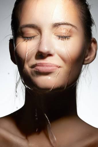 Обезвоживание жирной кожи
