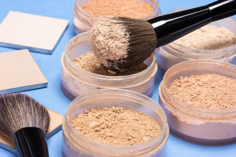 Минеральная пудра для проблемной кожи
