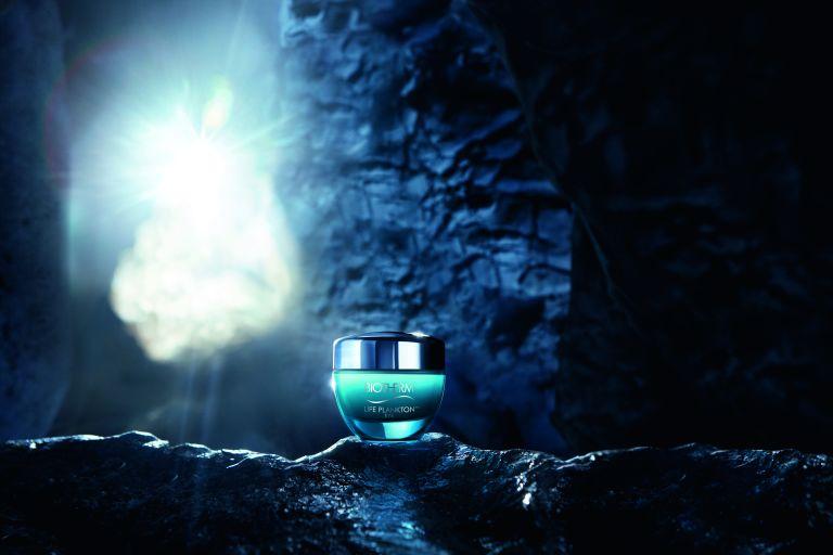 баночка Biotherm в подводном гроте