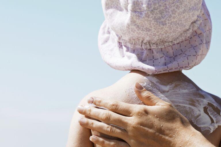 Нежная защита: крем Garnier Ambre Solaire с SPF 50 для детей