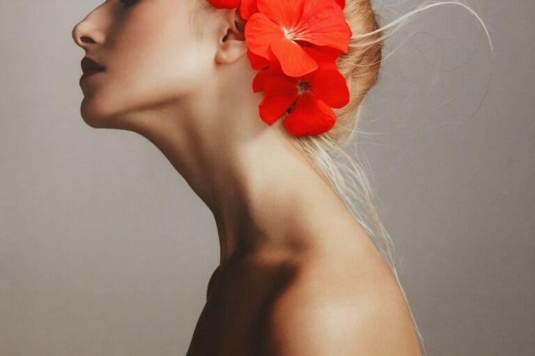 Девушка с красивой шеей: старая шея как омолодить в домашних условиях, как вернуть шее молодость и упругость