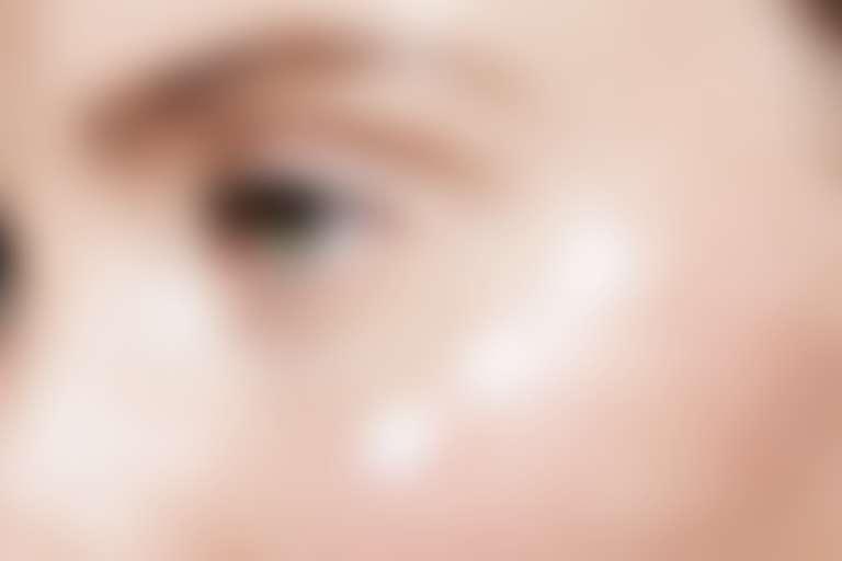 Крем для лица может стать причиной появления синяков под глазами