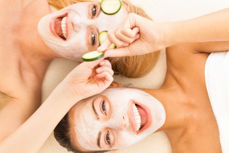 Как правильно ухаживать за кожей лица – полная пошаговая инструкция.