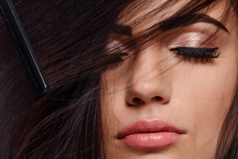 Выпадение волос: что делать
