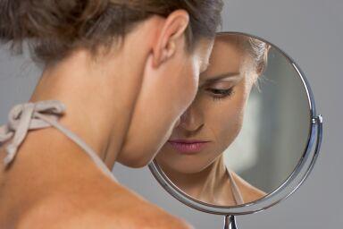 Как стресс влияет на кожу