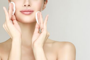 Бьюти-битва: очищение кожи с водой или без