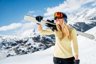 Уход за кожей на склонах: советы для лыжников и сноубордистов