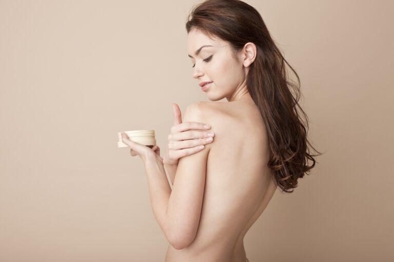 Крем для увлажнения кожи тела